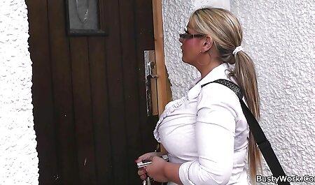 دختری با خال عکس سکس عرب کوبی در اطراف نوک سینه هایش لعنتی.