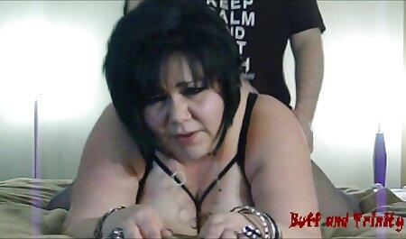 Naomi Blue عکس سکسی ک لکه ها و اسپرم های صورتش را لکه دار می کند.