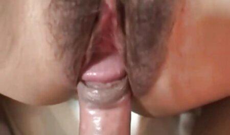 انگشت خروس را با سینه تا زمانی که انزال کنید. عکس کون سکسی