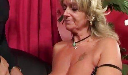 اشک بزرگی اندام عکس سکس خاله الکسیس مهبل را باز می کند.