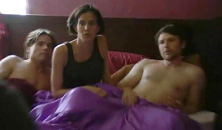آنکا رز دم را در گاندون عکس های سکسی خفن قرار می دهد.
