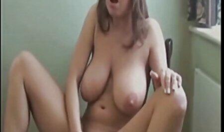 دختر با مشاعره فیلم سکس زهرا بابای بزرگ آنها را نشان می دهد.