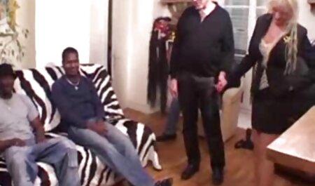 کیرا نویر توسط دانلود فیلم سکس زنان چاق دوست پسر دوستش در الاغ لعنتی است.