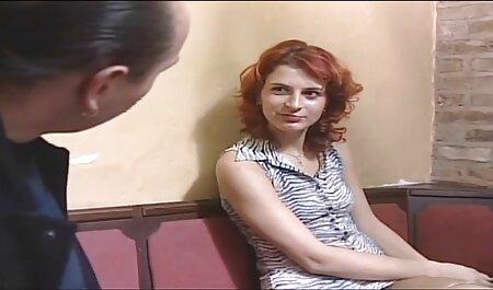 پرش فیلم سکس نو بر روی یک عضو یک مرد پرشور.