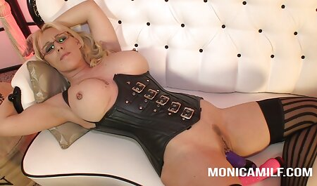 زن سیلیکونی که نقطه ای را خاموش می عکس سکس بازی کند.