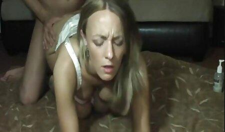 زن برهنه عکس سکسی بکن بکن بر روی معلولیت دریا.