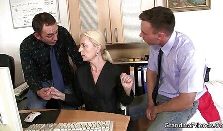 زن موی قهوه ای از blowjob سیاه انواع فیلم سکس خارجی می کند و رابطه جنسی برقرار می کند.