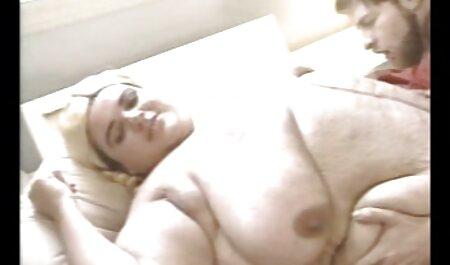 لیبرتین نامادری خود را با یک خروس بزرگ تغذیه می کانال فیلم سوپر سکس کند.