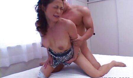 این رقصنده عکس سینه دختر سکسی یک بلوند و سبزه را لعنتی می کند.
