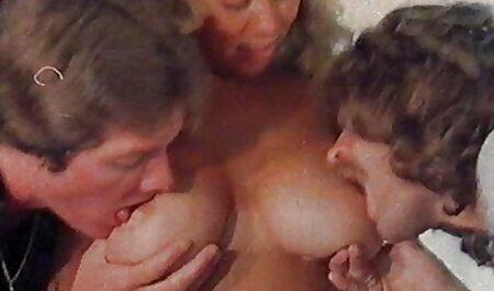 تقدیر عکس سکسی زن جنده روی صورت بعد از از بین بردن.