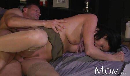 موکا مورا تقریباً سکس خوب فیلم رابطه جنسی را با رابطه جنسی شکست.