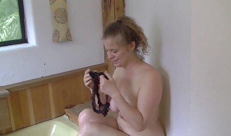 لیدی فیلم سکس زن جلوی شوهر در اتاق خواب با یک دوست خود رابطه جنسی می خواهد.