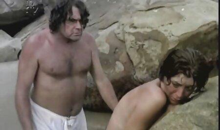 آببونی عکس ساپورت سکسی لزبین لعنتی در بدنسازی.