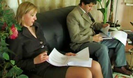 استپسون در الاغ ناپدری می فیلم سکس حال کند.