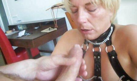معشوقه عضو را عمیقاً مکیده عکس سکس بازی می کند تا در دهانش بیاید.