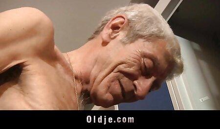 به شخص ثالث در عکس های سکسی رابطه جنسی پیشنهاد می شود.