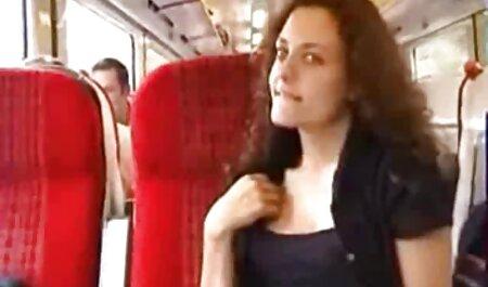 استمناء در عکس سکس وفیلم حمام جلوی آینه.